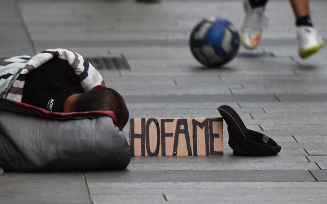 Povertà: Rei primo passo ma non basta