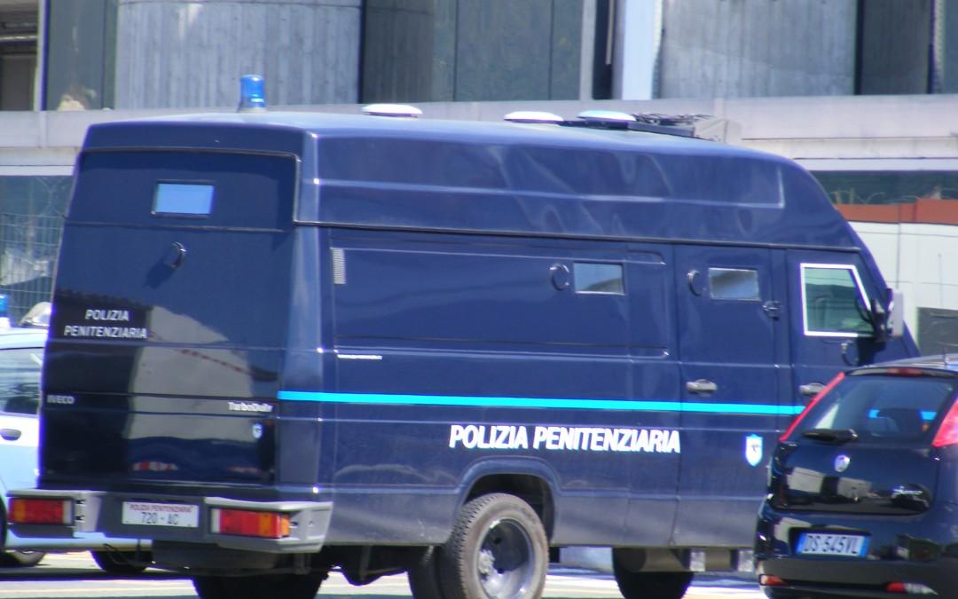 """Contratto Forze Polizia, """"Spot pubblicitario del Governo"""""""