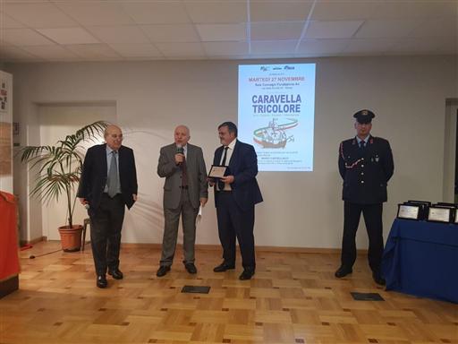 CAPONE RICEVE IL PREMIO CARAVELLA TRICOLORE