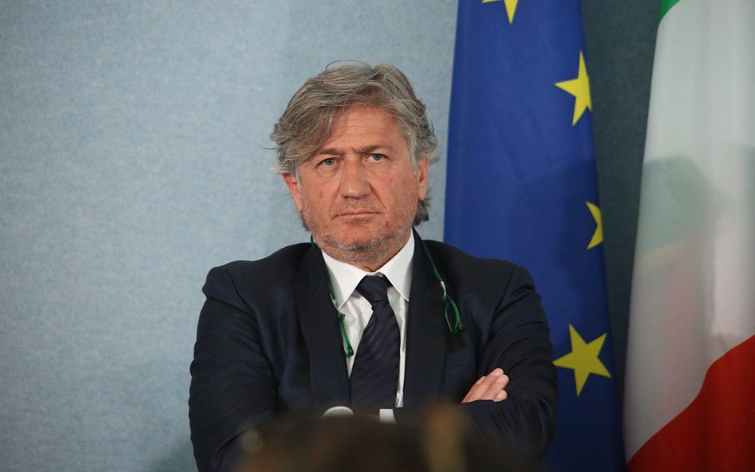"""Immigrati, Favoccia: """"Il Sindaco di Napoli ha perso la maschera"""""""