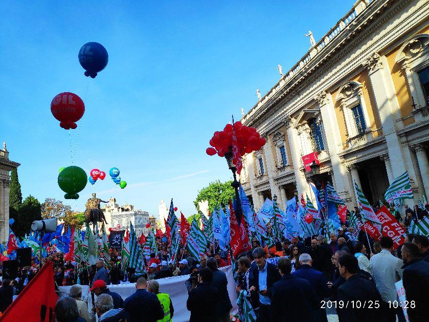 """Sciopero per Roma, Filt Cgil, Fit Cisl, Uiltrasporti e Ugl Fna: """"Grande adesione allo sciopero Cotral"""""""