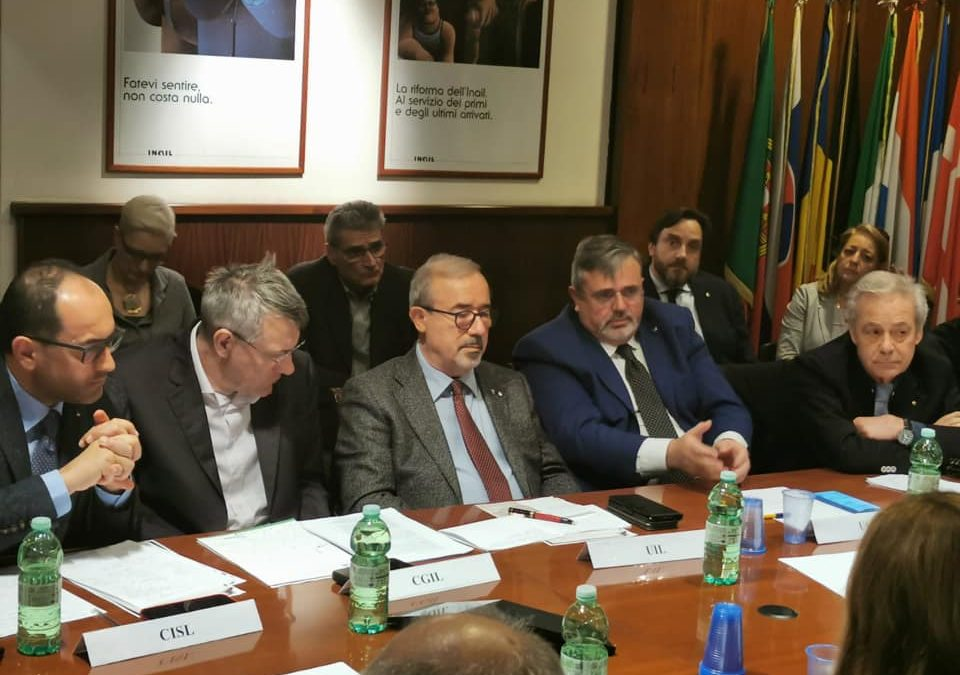 CORONAVIRUS: GOVERNO INCONTRA SINDACATI AL MINISTERO DEL LAVORO